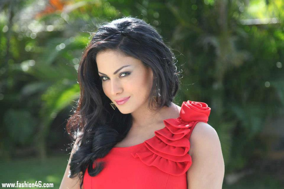 Bollywood gossips, celebrity news, veena malik pics, veena malik photo, veena malik scandal, veena malik, indian movie, indian films, tamil actress hot, new hindi movies, veena malik movie, tips for losing weight, how to lose weight quick, lose weight fast, loses weight