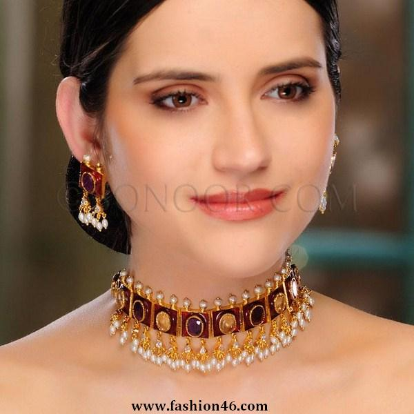 Latest fashion trend, latest fashion news, latest style, life and style, jewellery fashion, jewelry design, earrings, necklaces for women, latest jewellery, fashion jewelry, designer jewelry, bridal necklaces, silver jewelry, pakistani jewelry, sonoor jewelry